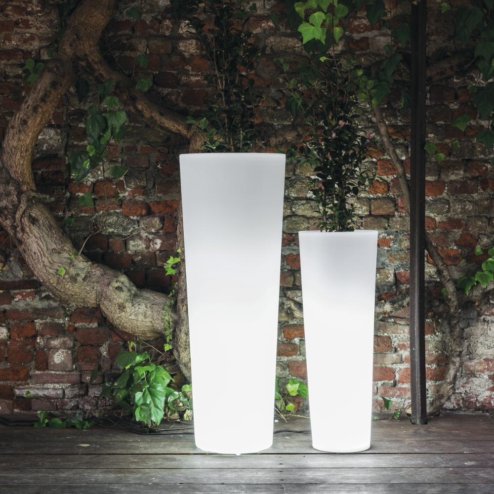 newpot-light-plantpots-wrieger-serralunga