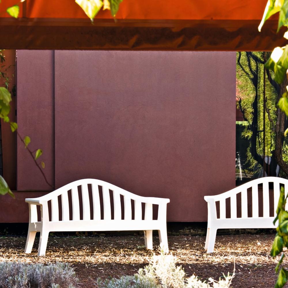 giulietta-benches-serralunga-wrieger-2